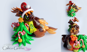 Christmas Reingriff - clay sculpture by CalicoGriffin