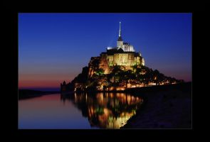 Le Mont-Saint-Michel by barninga