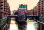 Hamburg, Warehouse in the middle by alierturk