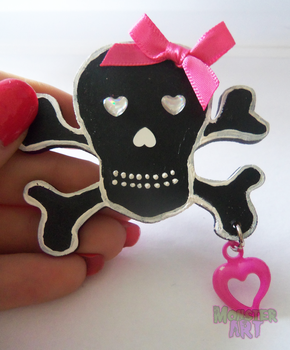 Black Wooden Skull Brooch by MonstArt