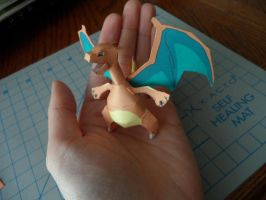 Mini Charizard by azn-ninja