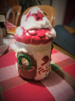Christmas House Candle Holder by CCristinaCreations