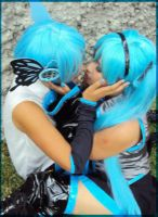 Miku y mikuo cosplay by sakurita-cosplay