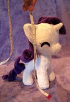 Itty bitty Rarity by FollyLolly