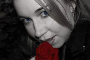 Icy Eyes and Blood Red Roses by Siltur