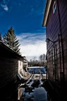 an alley of sorts by NiclasSoberg