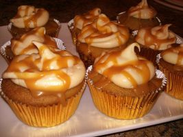 Harry Potter Butterbeer Cupcakes by KellyCurly