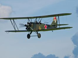 Polikarpov Po2 Old Warden by davepphotographer