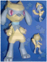 Shiny Riolu by Paperlegend