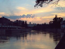 Sunset on Wien by love-bitesx