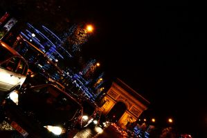 Christmas Arc de Triomphe by Mazarde