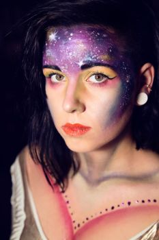 Galaxy Queen. by Ameliey