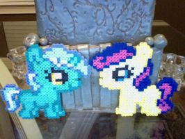 Silly Filly Chibi Perler Ponies: Lyra and Bon Bon by Perler-Pony