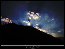 Rays of light by tzunoi