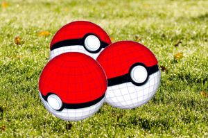papercraft pokeball (free download) by silvarruxx