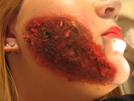 Burn halloween make up by sazmullium