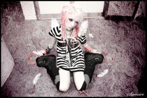 Porcelain Loneliness by loba-chan