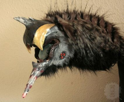 the Scissor Teeth creature hand puppet by hikigane