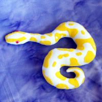 albino ball python by WeirdBugLady