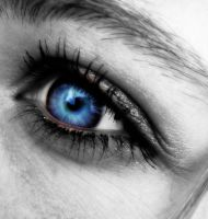 Baby Blue Eyes by paigelet