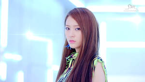 [SC] f(Krystal) - Electric Shock MV by imawesomeee03