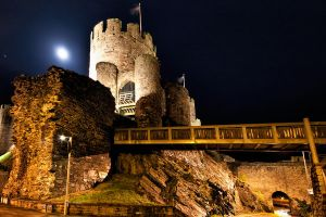 Conwy castle at night 4 by CharmingPhotography