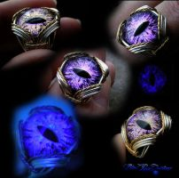 Purple Color Shifting Adjustable Dragon Eye Ring by LadyPirotessa