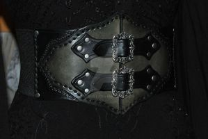 leather belt by Lagueuse