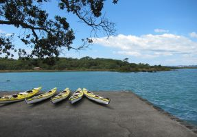 Kayaks are waiting by amormimosse