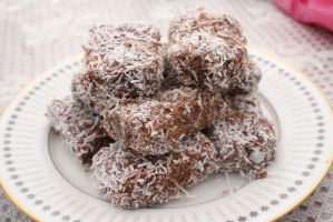 Food - Homemade Lamingtons by squidge16