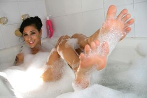 Jamie Daniels Bubble Bath by SelfshotYourFeet