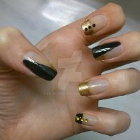 gold and black by siljejo96