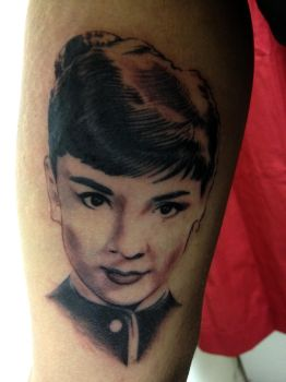 Audrey Hepburn Finished by superchickenn123