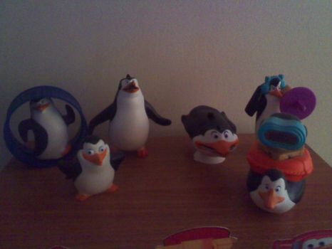 The penguin toys by reina-liuba