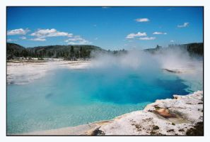 Yellowstone hot spring by Captain-Planet