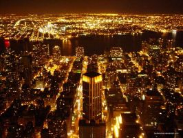 NYC by night by herbenutzen