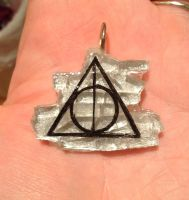 Deathly Hallows Pendant by LadySiubhan
