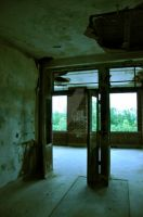 Waverly Hills Patient Room 9 by HodkinsonPhotos