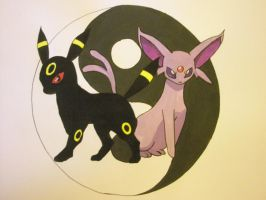 Umbreon and Espeon by DanielaDantas
