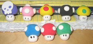 Mario Mushrooms by DiscoPotato