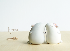 Bunny wedding cake topper by lyrese
