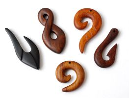 Maori wood necklaces 1 by BDSart