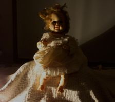Haunted Doll by avidlebon