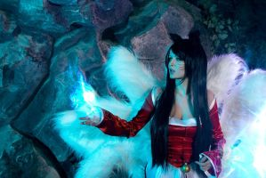 Ahri cosplay by shproton