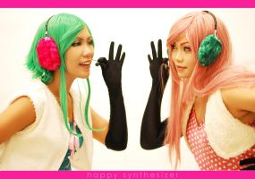 Vocaloid - HappySynth :: Electronic Message by dancingontightrope