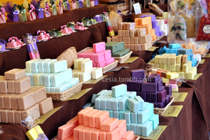 Colours in soap by Cesia