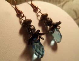 Victorian Sky- Topaz and copper earrings by Destinyfall