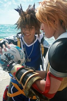 CosPhoto: Tidus Sora Blitzball by Risachantag