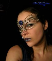 Masquerade Mask - Wire Wrapped Dragon Eye Tear by LadyPirotessa