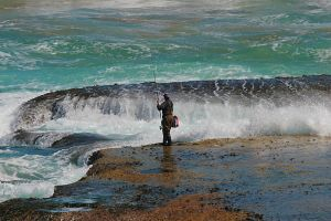 Rock Fishing 1 by mfunnell